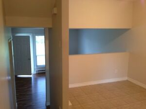 24 SUFFOLK ST.- 2 BDRM TOWNHOUSE - NOW AVAILABLE!