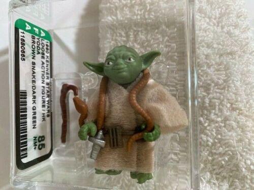 1980 Vintage Star Wars Yoda -Brown SnakeDark Green Variant AFA 85(New Case Style