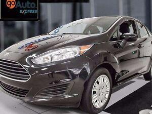 2015 Ford Fiesta S- MANUEEELLLLLLLL
