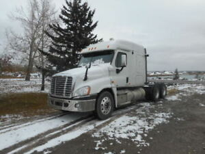 2011 Freightliner Cascadia with 46 rears NEEDS ENGINE WORK