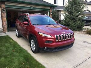 Showroom Condition 2015 Jeep Cherokee North SUV, 16000 kms