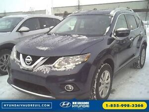 2015 Nissan Rogue SV AWD TOIT PANO. BLUETOOTH SIEGES CHAUF. CAME