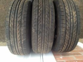 Tyres on Ford steel rims (185/65 R14)