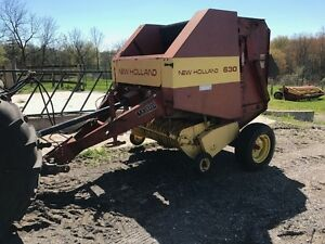 1994 New Holland 630 Round Baler
