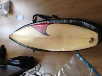 "Surfboard 6'4"" original portoguese Phynix in a good state - with bag and leash included"