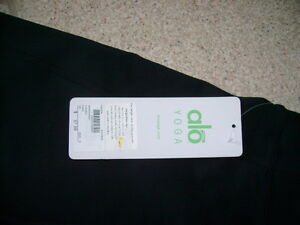 women's yoga pants, new with tags still on Prince George British Columbia image 3
