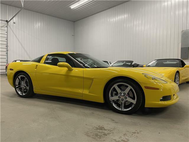 2007 Yellow Chevrolet Corvette Coupe 3LT | C6 Corvette Photo 4