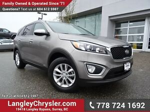 2017 Kia Sorento 2.4L LX ACCIDENT FREE w/ AWD, HEATED FRONT S...