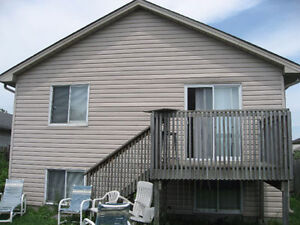 Fanshawe 2 Rooms Available London Ontario image 4