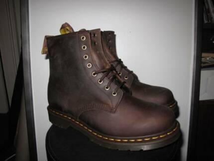 Dr martens Us 9 mens Boot