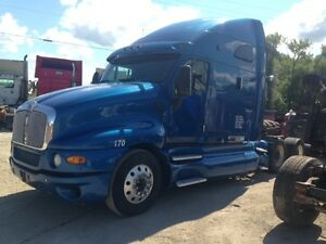 PARTING OUT-2006 KENWORTH