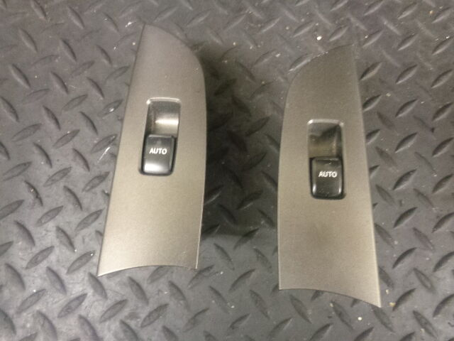 2006 LEXUS IS220D 2.2 DIESEL PAIR OF REAR WINDOW SWITCH 74272-53010 74271-53050