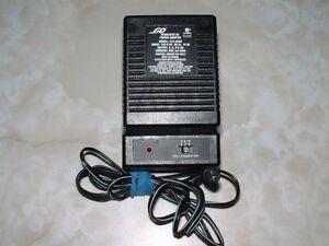 Power adapter regulated 3,6,9 volts plugin wall