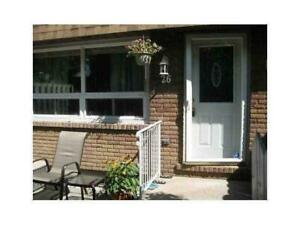Beautiful townhome in a great West Mountain location