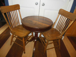 Shaker box style table top table with claw feet, 2 wood chairs London Ontario image 2