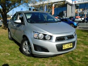 2014 Holden Barina TM MY15 CD Silver 6 Speed Automatic Sedan Greenway Tuggeranong Preview