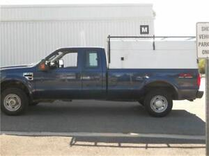 2008 FORD F250XL  EXT CAB, 8FT BOX, 4X4 V10 6.8L