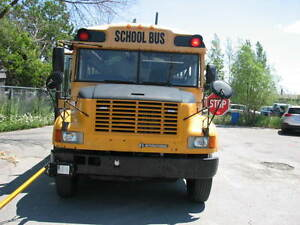 2003 INTERNATIONAL 72 PASS SCHOOL BUS -  ROAD READY -