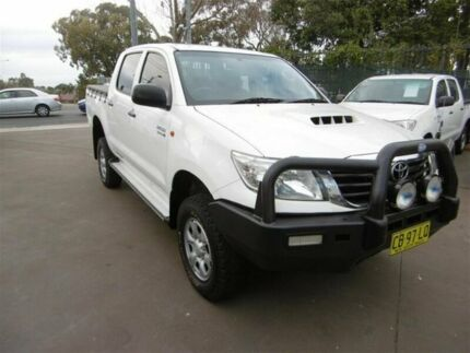 2011 Toyota Hilux KUN26R MY12 SR (4x4) White 4 Speed Automatic Dual Cab Pick-up Bankstown Bankstown Area Preview