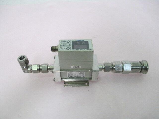 SMC PF2W720-03-27-Q Flow Switch Assy, Water, 2~16L/min, DC12~24V, 423483