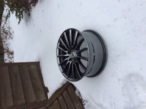 4 Aftermarket 17in rims