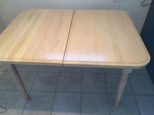 Solid maple kitchen/dining room table