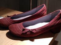 Chaussures Indigo taille 7