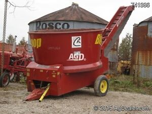 Farmhand Big Scoop 880 Bale Chopper
