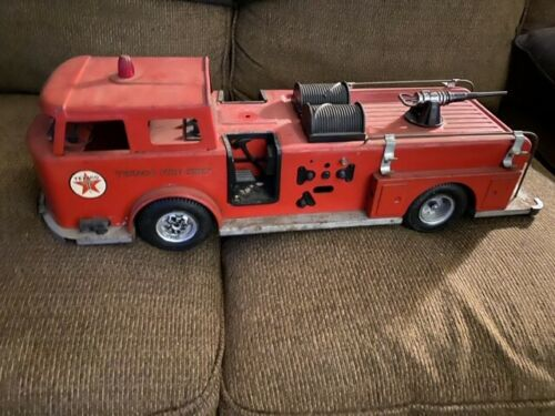 Vintage Texaco Fire Engine Chief Buddy-L Truck 1960's