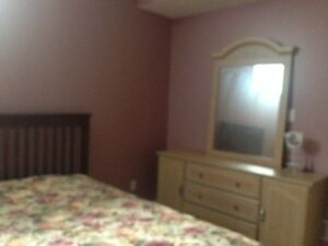 chambre a louer/room for rent