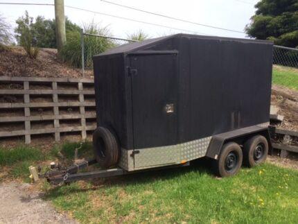dual axle heavy duty enclosed van trailer
