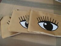 Sass & Belle Gold 'Eyes on You' Coin Purse x 8 - brand new with tags