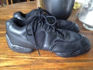 CAPEZIO DANSNEAKER Split Sole Dance Shoes Size 9 (Fits 7.5-8)