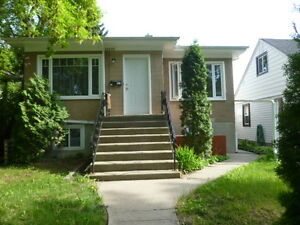 University/Whyte Ave 2 Bedroom + Den - Utilities Included