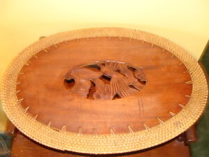 6 napperons sculptés, en bois, travaillait à la main