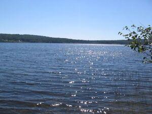 Terrain au bord du lac Prinzèles