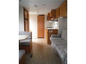 2003 Jayco Kiwi Too 26S Ultra Lite Travel Trailer with Slideout Stratford Kitchener Area image 9