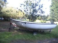 Fibreglass Open Fishing boat 15 ft with outboard