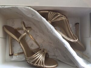 Strappy Gold Aldo Shoes in Size 6