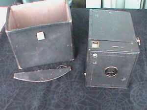 Vintage Kodak No.3 Model C Brownie Box Camera plus Case