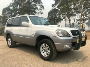 2005 Hyundai Terracan HP MY05 White 5 Speed Manual Wagon South Nowra Nowra-Bomaderry Preview