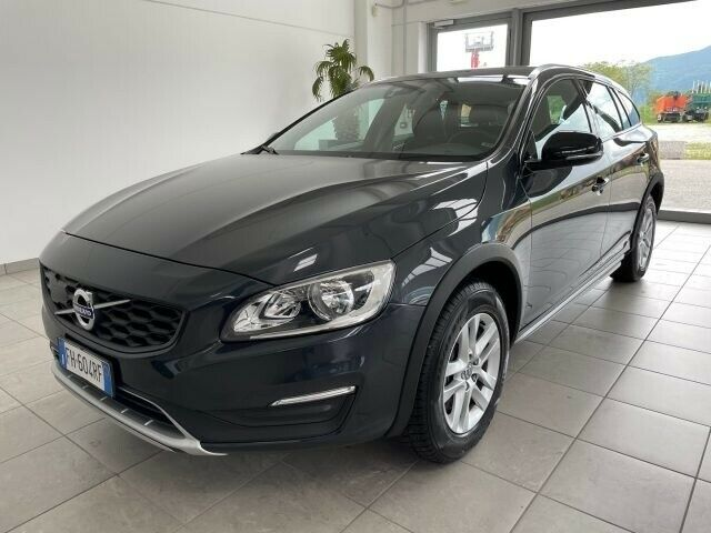 VOLVO V60 Cross Country D4 Geartronic Business Plus