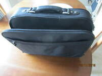 DELL 15.6 INCH PROFESSIONAL LAPTOP CARRIER / BAG