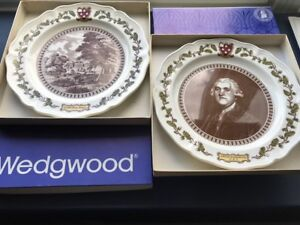 Pair Wedgwood plates commemorate the 250th anniversary the found
