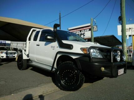 2007 Toyota Hilux KUN26R SR White 5 Speed Manual Extracab Southport Gold Coast City Preview