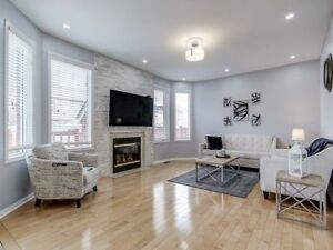 Stunning 2900 SqFt 4+2 B/R, 3 Kit Det With S/Ent At Gore Rd/Co