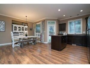 Beautiful 3 bed + den home in Promontory