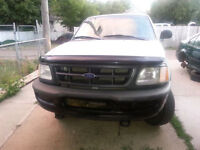 low KM Ford F-150 4x4  Pickup Truck * trade for atv *