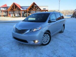 2015 Toyota Sienna XLE AWD NAVIGATION LOWEST PRICED