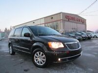 2015 Chrysler Town & Country TOURING, DVD, 51K!